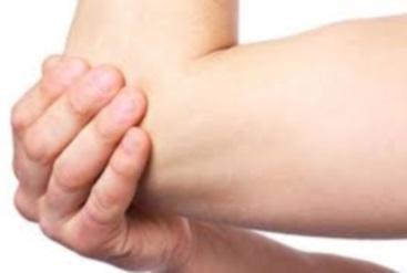 Mal au coude douleur au coude que faire remede naturel pour soigner douleur coude tendinite tennis elbow inflamation coude